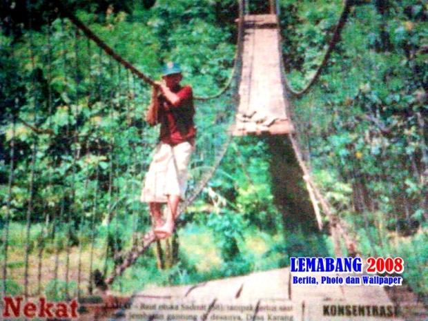 Modal Nekat di Jembatan Ompong